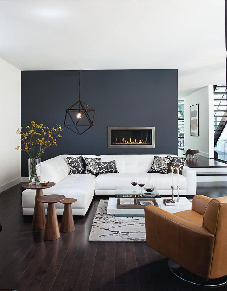 Modern Living Room Sofa with Graphic pillows
