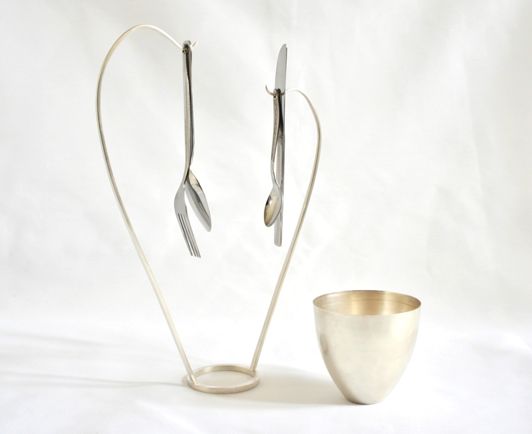 1. Kathleen Reilly Silver & Stainless Steel - Sharing Bowl_0.jpeg