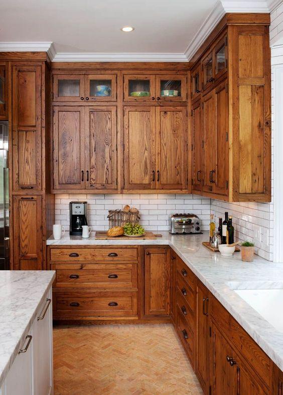 wooden_kitchen_0.jpg