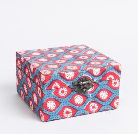 fabric-parinaaz-jewellery-box
