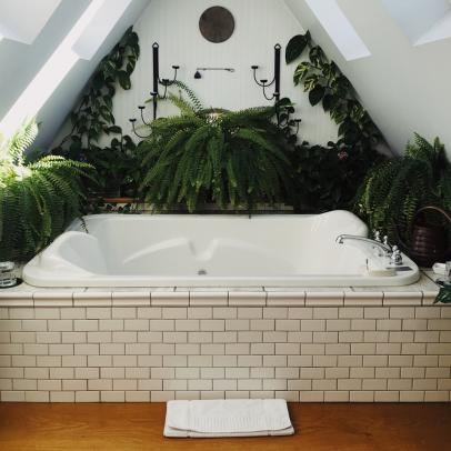 How to Turn Your Bathroom into A Piece of Paradise
