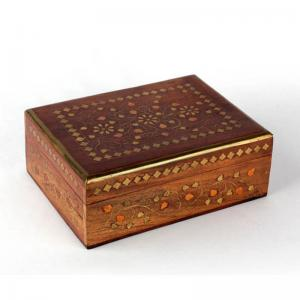 wood-with-brass-inlay-jewellery-box - desk-decor