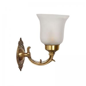 small-traditional-brass-single-wall-light - wall-lights