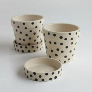 black-and-white-dots-small-planter-w-tray-blackwhite - vases-and-planters