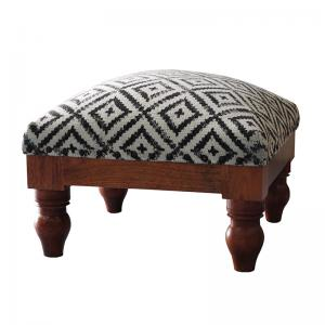 choki - benches-stools-and-ottomans