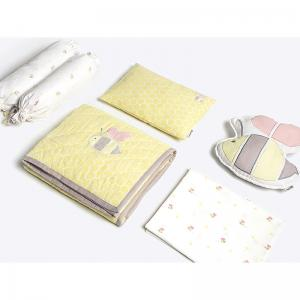 buzzing-bee-crib-set-with-quilt - kids-bed-and-bath