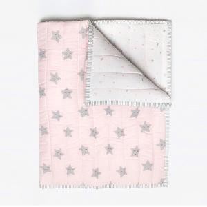 sleepy-star-pink-organic-quilted-blanket-with-quilt - kids-bed-and-bath
