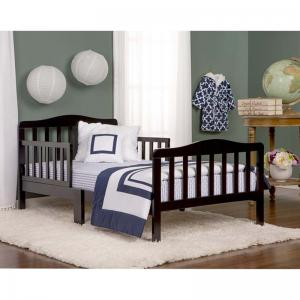 classic-design-toddler-bed - beds