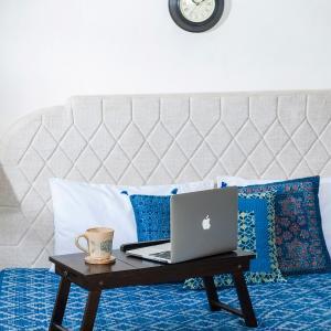 sheesham-wood-petite-laptop-table - tables