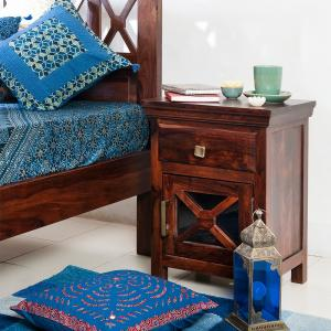 sheesham-wood-crisscross-bedside-table - tables