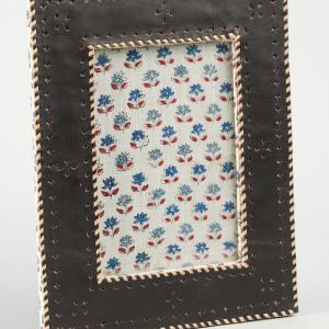 leather-frame - photo-frames