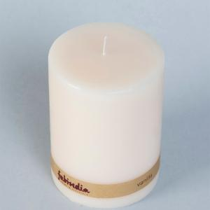vanilla-pillar-wax-candle - candles-and-fragrances