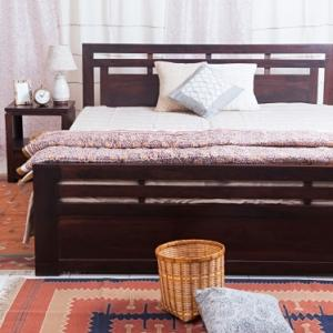 sheesham-wood-striped-double-bed - beds