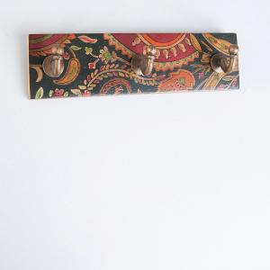 wooden-handpainted-3-hook-peg - wall-accents