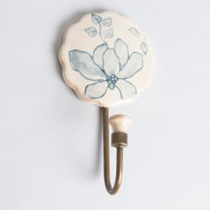 ceramic-kasivara-handpainted-hook-glazed-peg - wall-accents
