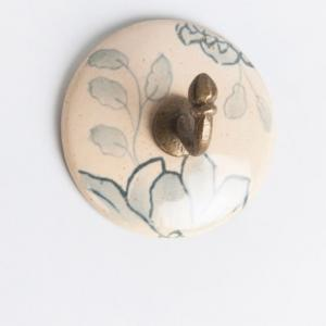 ceramic-kasivara-hand-painted-hook-glazed-peg - wall-accents